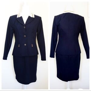 VINTAGE NAVY BLUE SKIRT SUIT